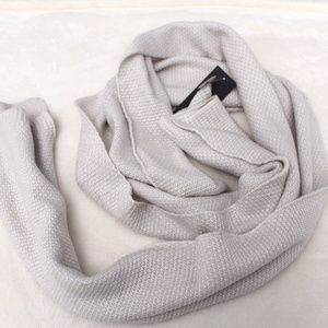 Echo Design Knitted White Oblong Scarf